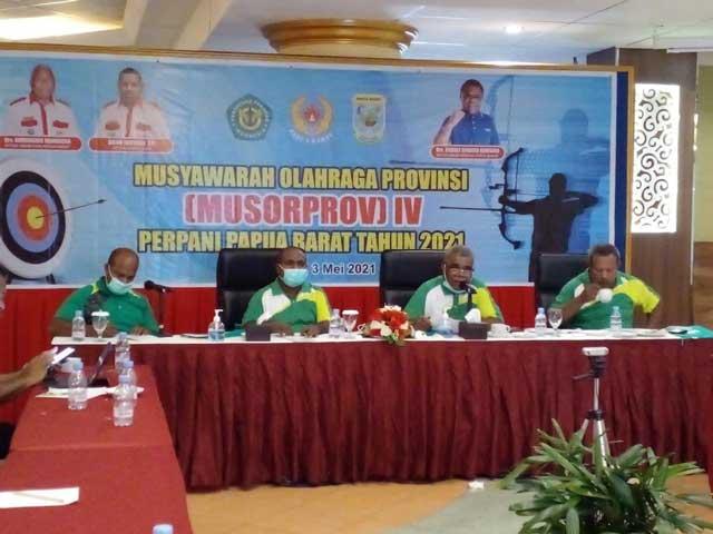 Rudolf Rumbino Aklamasi Ketua Perpani Papua Barat
