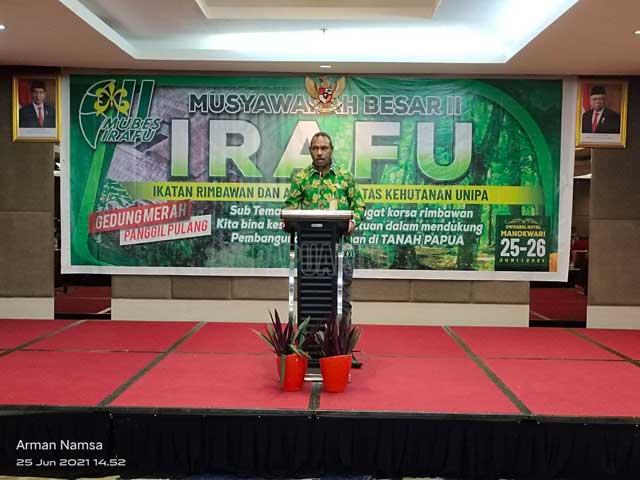 Rektor Unipa Minta Irafu Dukung Penuh IKA Unipa