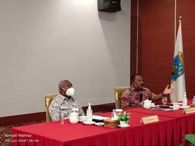 Bupati Tambrauw Paparkan Update Revisi RTRW ke Gubernur Papua Barat