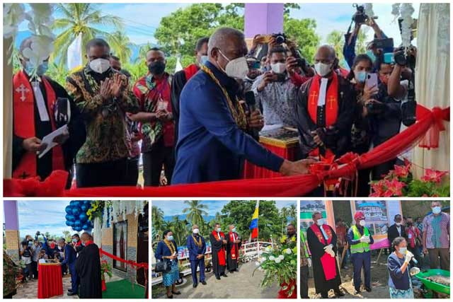 Gubernur Papua Barat dan Bupati Manokwari Letakkan Batu Pertama Pastori GKI Ahmeta