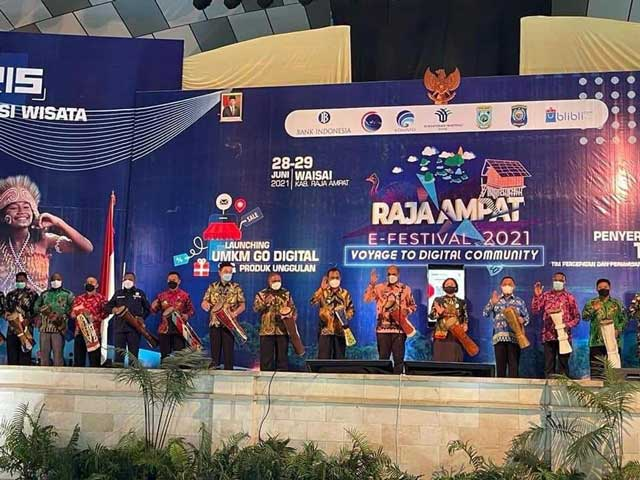 Gubernur Papua Barat Apresiasi BI Voyage to Digital Community, Minta Pemda Bentuk Satgas TP2DD