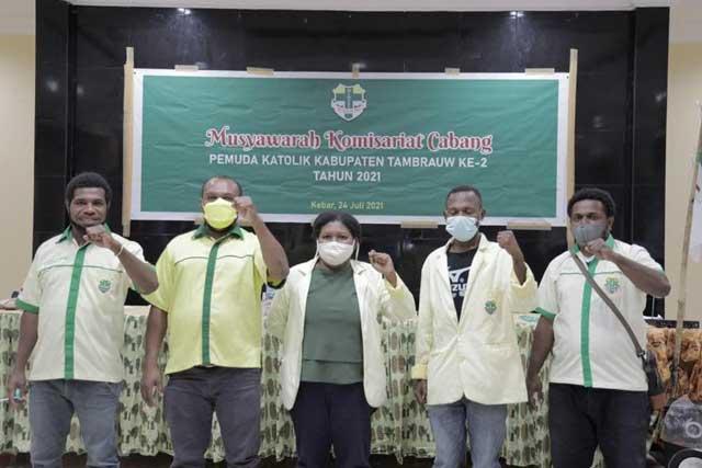 Anjelo Momo Terpilih Ketua Pemuda Katolik Tambrauw