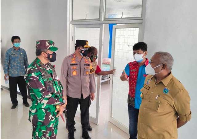 Gubernur Papua Barat Tinjau Operasional RS Elia Waran