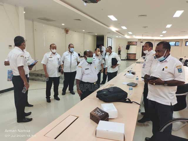 Pemprov Papua Barat Bentuk Tim Investigasi Masalah Ruas Jalan Mamey - Windesi