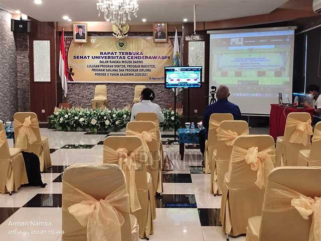 Besok Wisuda S2 Gubernur Papua Barat dan Mama Gub