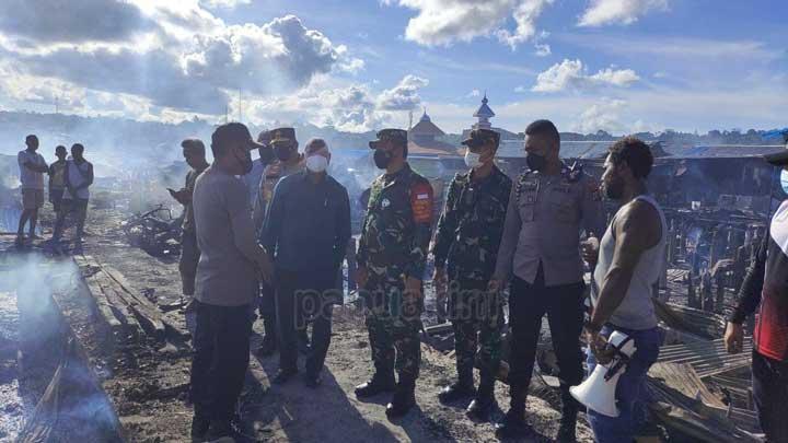 Gubernur Papua Barat Minta Data Korban Kebakaran Borobudur Supaya Dibantu Pemerintah