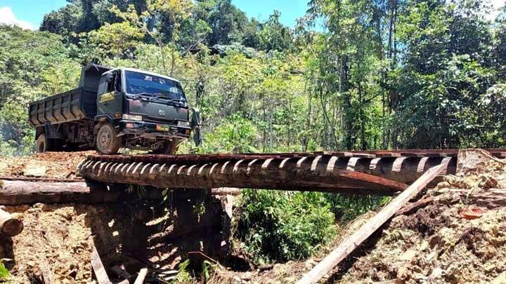 4 Hari TNI dan Polri Selesai Bangun Jembatan yang Dirusak KNPB di Maybrat